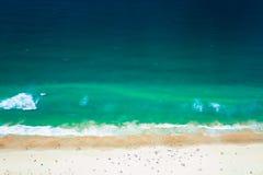 Złoto surfingowów Brzegowy raj plaża, widok od Q1 Obrazy Stock