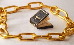 złoty łańcucha obraz stock