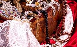 Złoty biżuterii tło Obraz Royalty Free