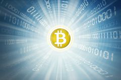 Złoty bitcoin wśrodku binarnego kodu Obrazy Royalty Free