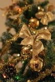 Złoty boże narodzenie łęk Zdjęcie Royalty Free