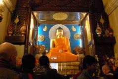 Złoty Buddha wśrodku Mahabodhi świątyni, Bodhgaya, Bihar, India Zdjęcia Stock