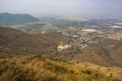 Złoty Buddha w Lopburi prowinci zdjęcia stock