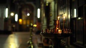 Złoty candlestick w Ortodoksalnym kościół zdjęcie wideo