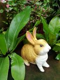 Złoty ceramiczny królik zdjęcie royalty free