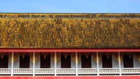 Złoty dach Buddyjska świątynia Fotografia Stock