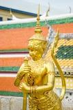 Złoty demon przy świątynią Szmaragdowy Buddha (Wat Phra Kaew) Fotografia Royalty Free