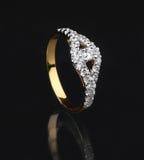 Złoty diamentowy pierścionek Zdjęcie Royalty Free