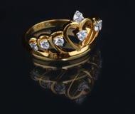 Złoty diamentowy pierścionek Fotografia Stock