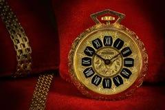Złoty Kieszeniowy zegarek fotografia royalty free
