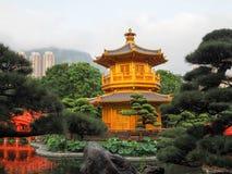 Złoty pawilon doskonałość w Nan Liana ogródzie, Obraz Royalty Free