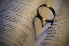 złoty pierścionek Obraz Stock