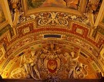 złoty wnętrze kościoła Zdjęcie Royalty Free