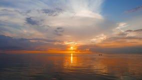 złoty wschód słońca zbiory wideo