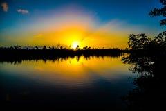 Złoty wschód słońca na intracoastal Fotografia Royalty Free