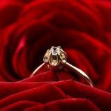 złoty zbliżenie pierścionek Zdjęcie Royalty Free