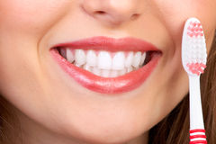 ząb szczotkarska kobieta Zdjęcia Royalty Free