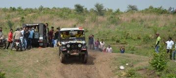 Z drogowej Borowinowej wyzwanie rasy w Bhopal obrazy stock