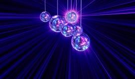 Z dyskotek lustrzanymi piłkami kolorowy ostry tło Zdjęcia Stock
