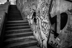Z graffiti starzy kamienni staris Zdjęcia Stock