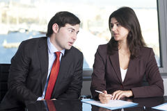 Z jego sekretarką męski szef Fotografia Stock