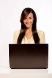 Z jej laptopem Cacuasian Piękno Obraz Stock