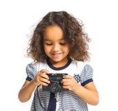 Z kamerą szczęśliwa oliwkowa dziewczyna Obraz Stock