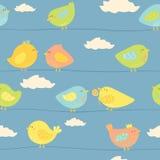 Z ślicznymi ptakami bezszwowy wzór Zdjęcia Royalty Free
