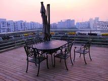 Z Małym pawilonem wieczór balkon fotografia stock