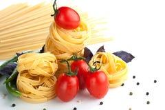 Z makaronem czerwoni pomidory Obrazy Royalty Free