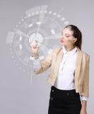 z nowoczesnej technologii Kobieta pracuje z futurystycznym interfejsem Fotografia Royalty Free