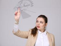 z nowoczesnej technologii Kobieta pracuje z futurystycznym interfejsem Fotografia Stock