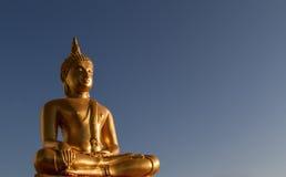 Złocista Buddha statua Zdjęcie Royalty Free