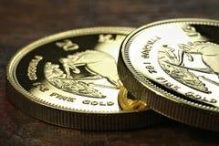 1 złocistej sztaby uncjowe monety Zdjęcie Royalty Free