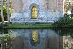 Złocisty drzwi na wierza Fotografia Royalty Free