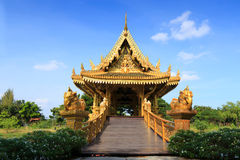 Złocisty Tajlandzki pawilon Obraz Royalty Free