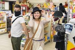 Złodziej target139_0_ od torebki kobieta Zdjęcia Stock