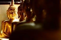 Złota Buddha statua, Tajlandia Zdjęcie Stock