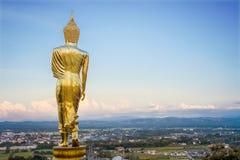 Złota Buddha statua, Wat Phra Który Khao Noi, Nan prowincja, Tha Zdjęcie Royalty Free
