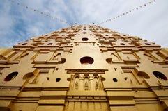 Złota pagoda, Phuttakhaya fotografia royalty free