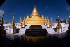 Złota pagoda w Sanda Muni Paya w Myanmar Obraz Royalty Free