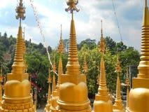 Złote pagody Obrazy Royalty Free