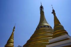 złote stupas Obrazy Stock