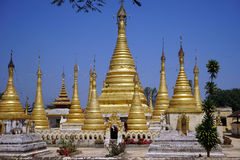 złote stupas Fotografia Royalty Free