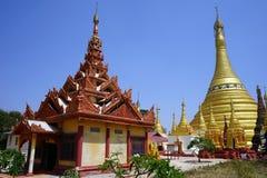 złote stupas Fotografia Stock