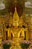 Złoty Buddha w Sanda Muni Paya, Myanmar Obraz Stock