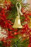 Złoty dzwon na choince Fotografia Royalty Free