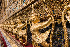 Złoty Garuda Wat Phra Kaew obraz royalty free