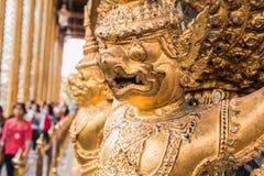 Złoty Garuda Wat Phra Kaew obrazy royalty free