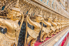 Złoty Garuda Wat Phra Kaew obraz stock